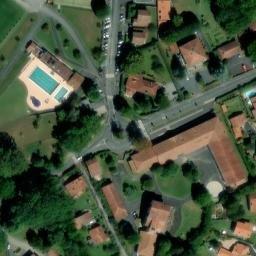 Parc Des Sports Michel Labeguerie Mur A Gauche Cambo Les Bains