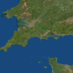 what body of water is between england and france